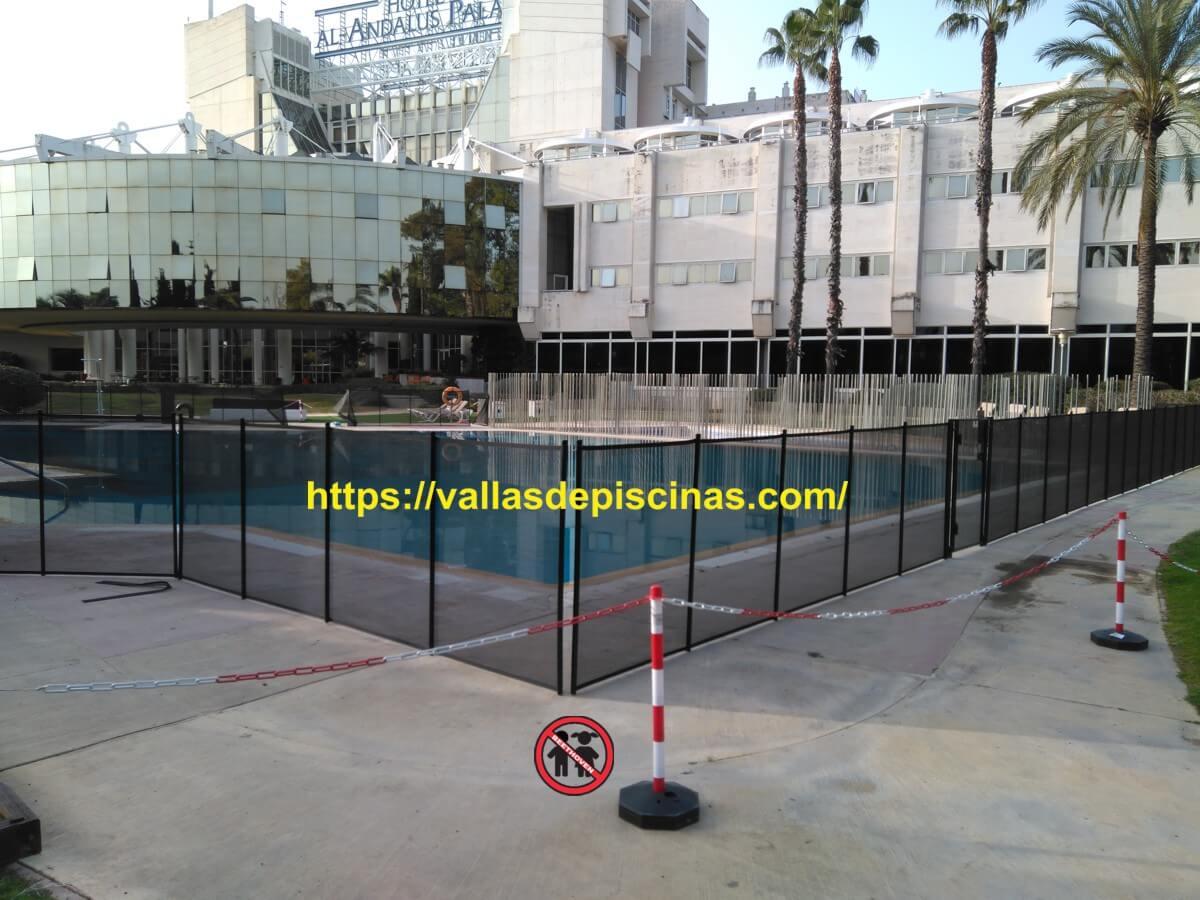 Hotel Al Andalus Sevilla vallas proteccion piscinas (1)