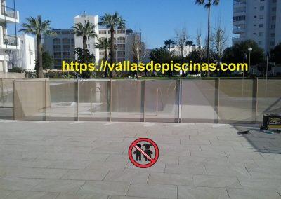 Hotel San Fermin en Benalmadena instalacion vallas para piscinas (2)
