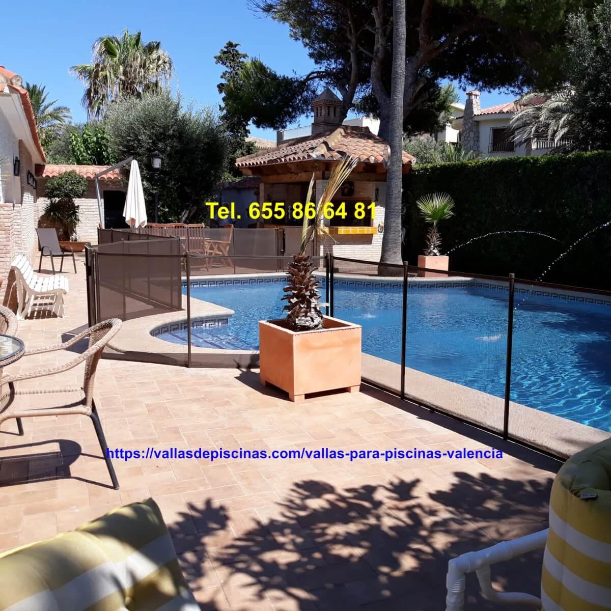 Instalación Vallas piscinas San antonio de Benageber Valencia color chocolate altura un metro